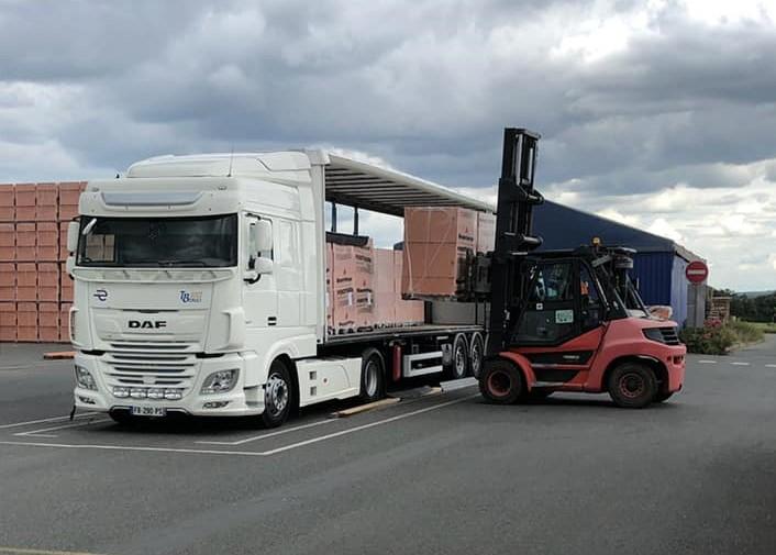 Transport, palettes, chariot élévateur