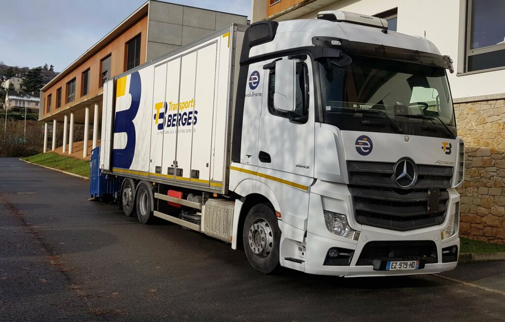 camion, hayon, transport
